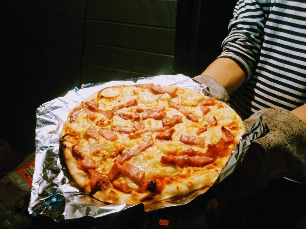 こちらはポテトピザ